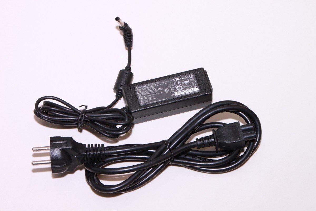 Une todos los cables sueltos con alambres o bridas